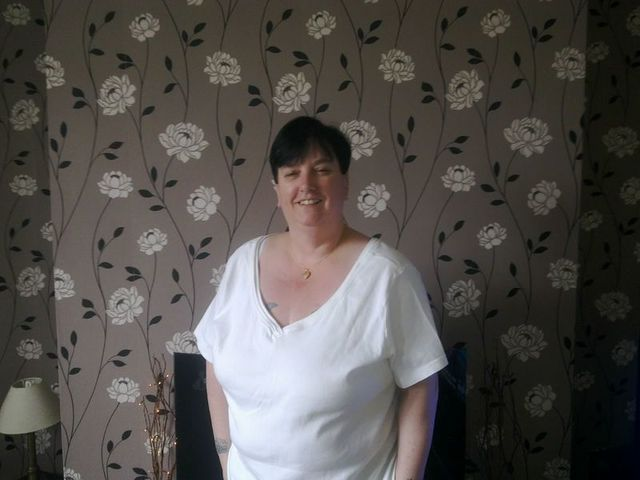 huddersfield milf women Any women in yorkshire want some fun northyorks90 what do you think to my tits im a curvy 24 year old from north yorkshire mature milf nicki of halifax.